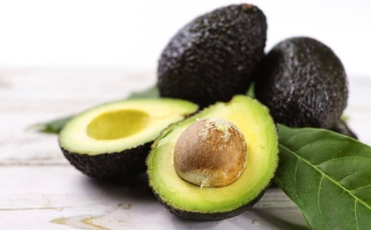 alimentos para reducir los antojos de azucar aguacates